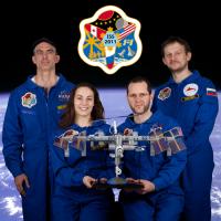 Monochrom ISS